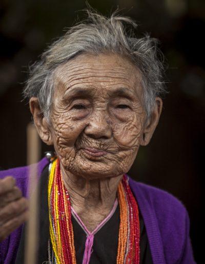 Portait de vieille dame. Thaïlande. Massimo Municchi photographe.