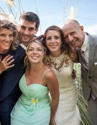 La mariée avec sa famille – photo de mariage