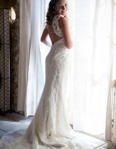 Mariée en robe de mariage -photographie de mariage
